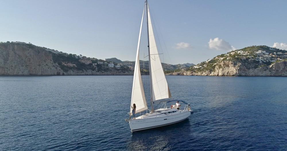 Alquiler de barcos Port d'Andratx barato de Oceanis 323 Clipper