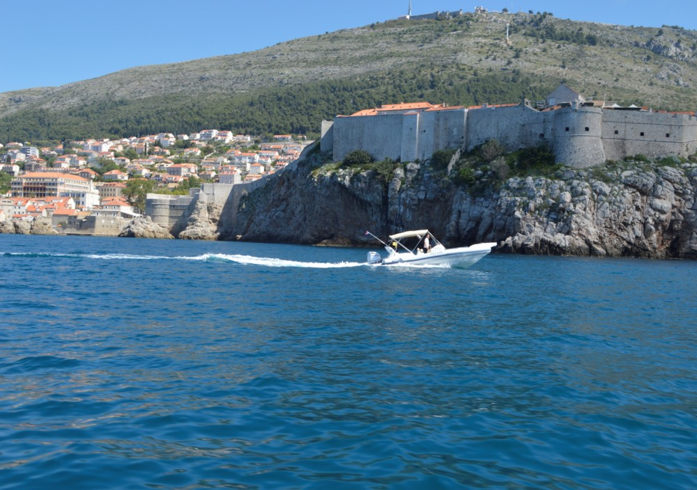 Noleggio Gommone con o senza skipper Marlin Boat Ragusa
