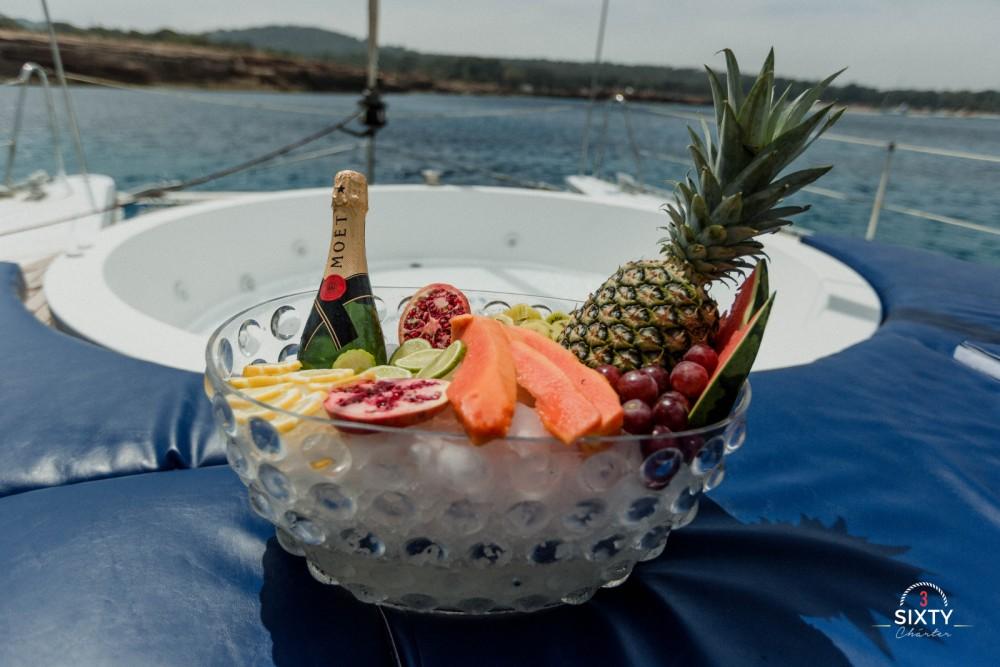 Rental yacht Sant Antoni de Portmany - Nautitech Cat43 on SamBoat