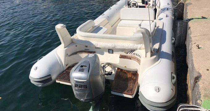 Noleggio Gommone con o senza skipper Bsc Napoli