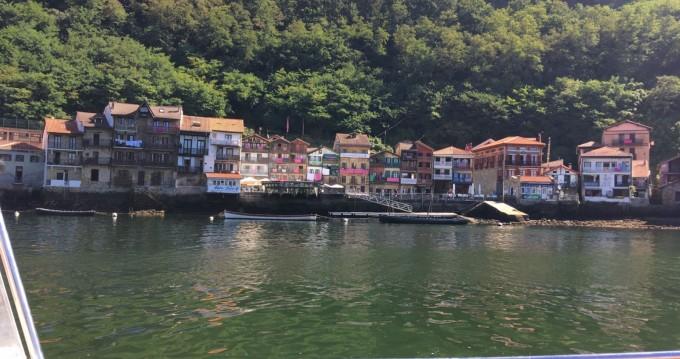 Location Bateau à moteur à Hendaye - Rio Rio cruiser 550