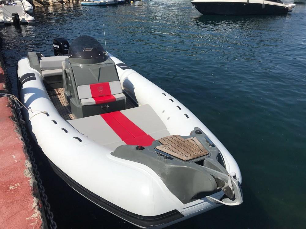 Noleggio Gommone con o senza skipper Oromarine 10 metri  Napoli