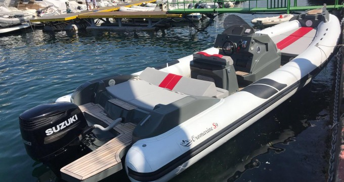 Oromarine 10 metri  Oromarine  tra personale e professionale Napoli