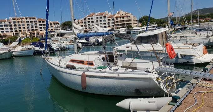 Location yacht à Cogolin - Jeanneau Aquila sur SamBoat