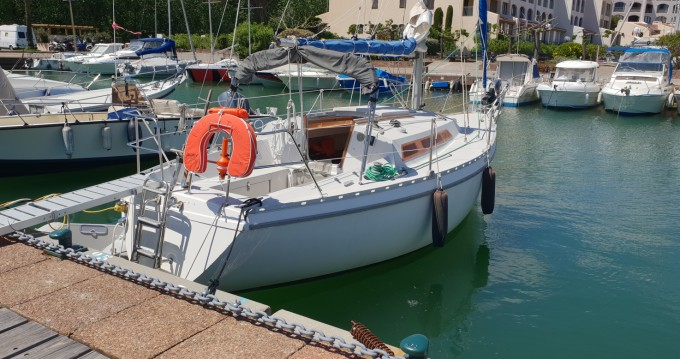 Location bateau Jeanneau Aquila à Cogolin sur Samboat