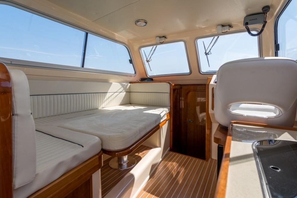 Noleggio Barca a motore con o senza skipper Damor Traù