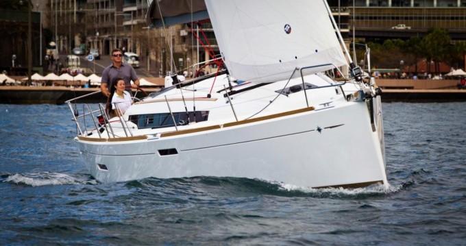 Location bateau Toulon pas cher Sun Odyssey 379 Perf