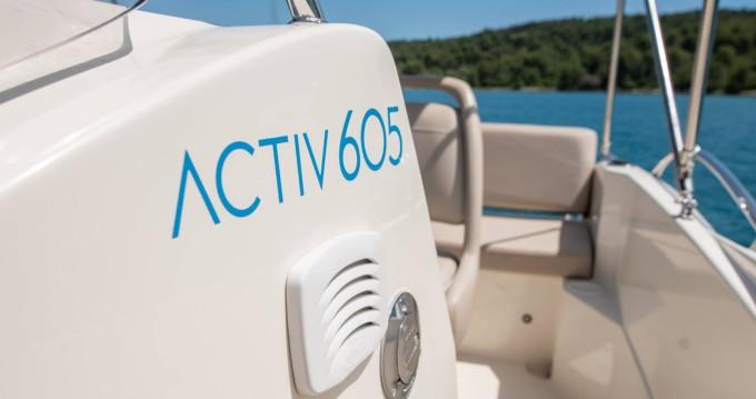 Quicksilver Activ 605 Open entre particuliers et professionnel à Trogir
