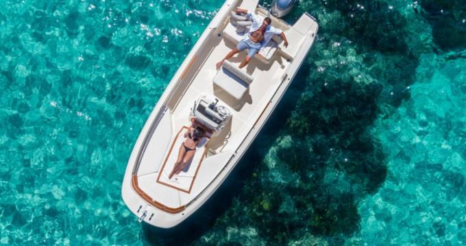 Noleggio barche Invictus  FX 190 Traù su Samboat