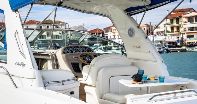 Location yacht à Nikiána - Sea Ray Sea Ray 290 Sundancer sur SamBoat