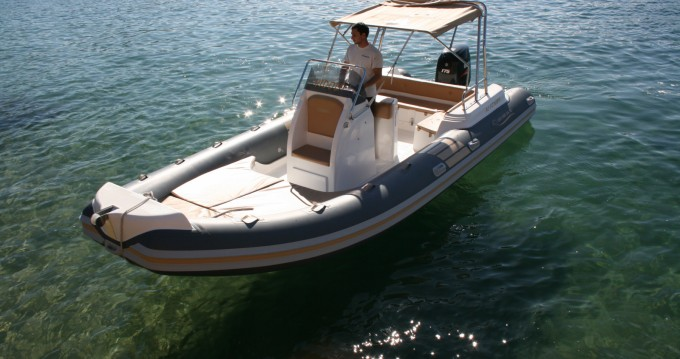 Location yacht à Propriano - Nautica Led Nautica Led 680 GS XL sur SamBoat