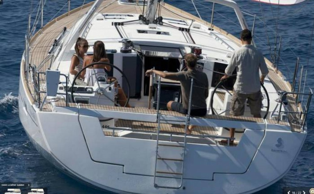 Bénéteau Oceanis 45 between personal and professional Hyères