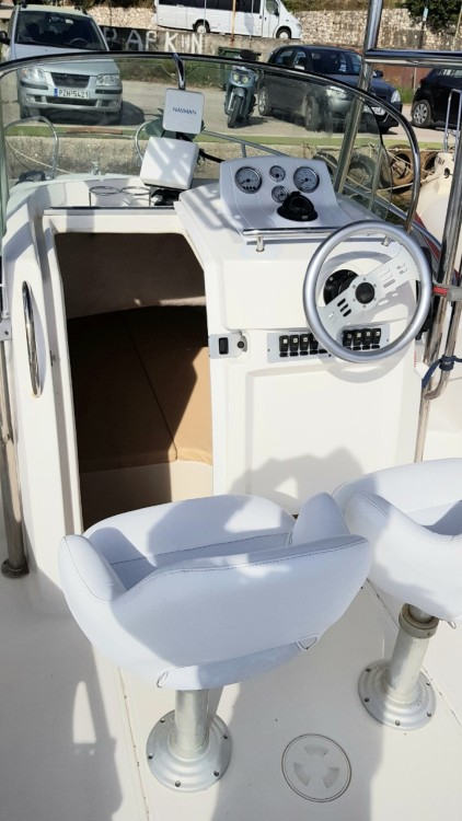 Boat rental Sessa Marine Key Largo 22 Cabine in Nikiana on Samboat