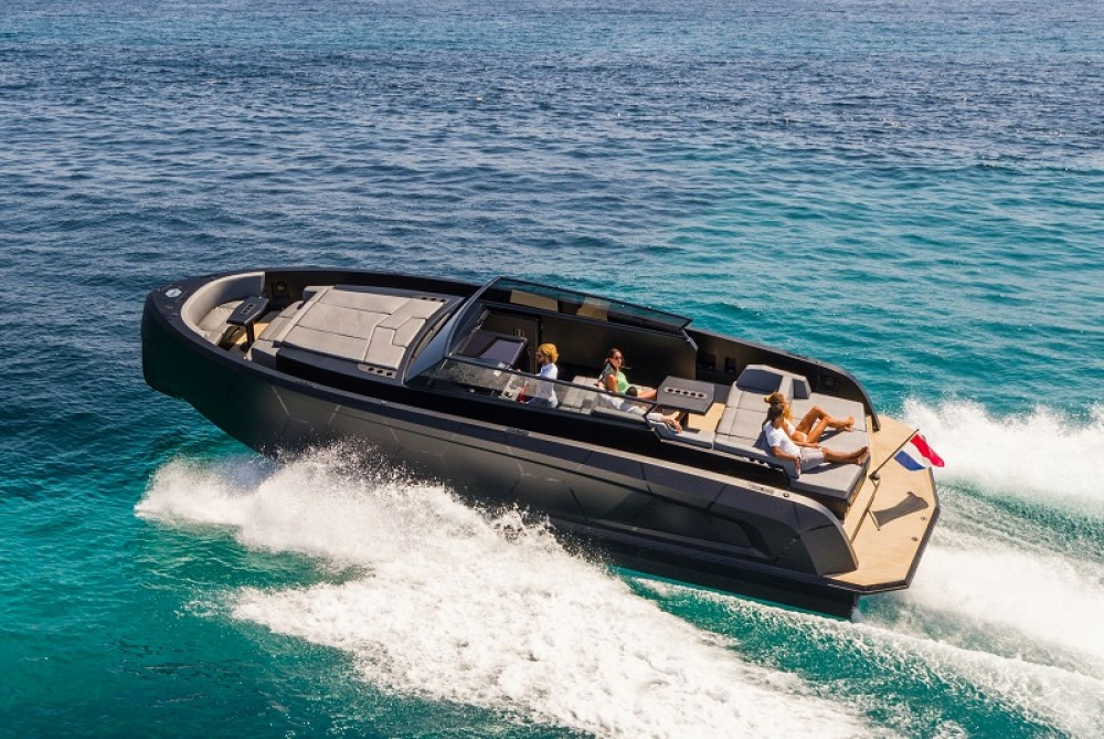 Hire Yacht with or without skipper Vanquish Sant Antoni de Portmany
