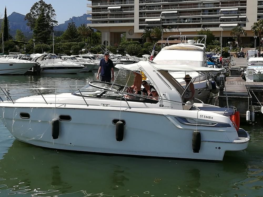 Location bateau Bavaria Bavaria 28 Sport à Mandelieu-la-Napoule sur Samboat