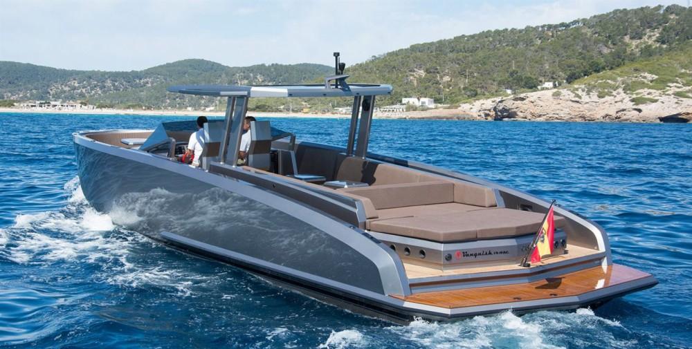 Rental yacht Sant Antoni de Portmany - Vanquish 48DC on SamBoat