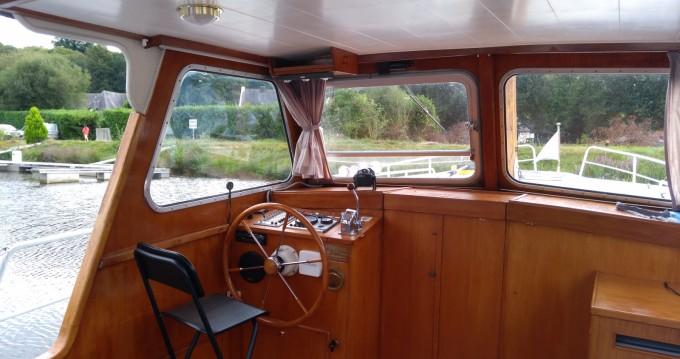Rental Houseboat in Rohan - Altena 950
