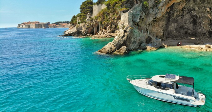 Rental yacht Cavtat - Jeanneau Merry Fisher 795 on SamBoat