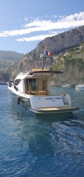 Louez un Sessa Marine Dorado 32 à Saint-Jean-Cap-Ferrat