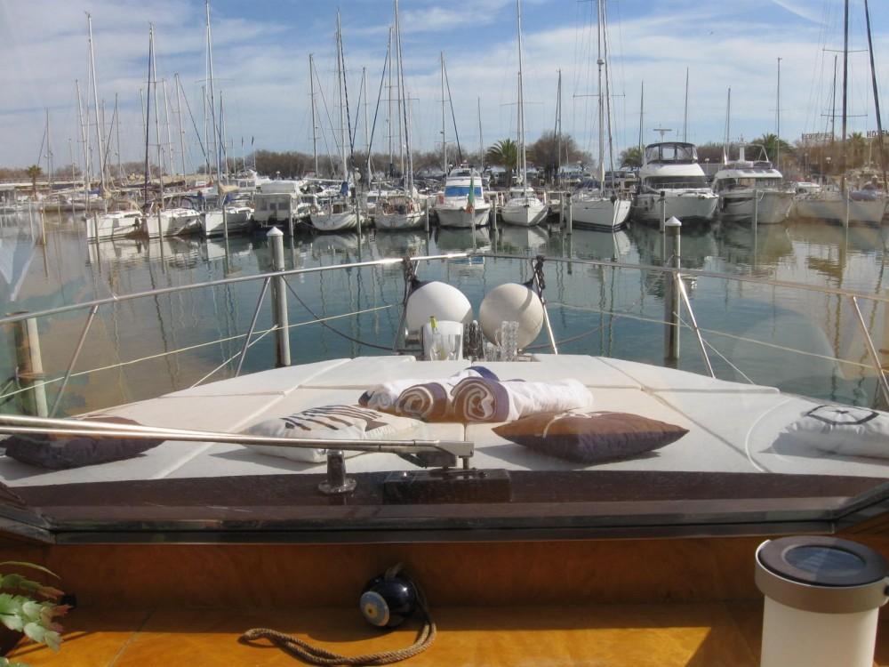 Yacht à louer à Hyères au meilleur prix