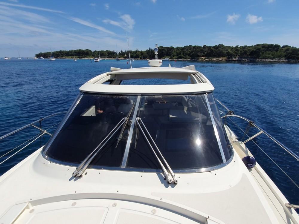 Rental yacht Fréjus - Azimut Azimut 40 on SamBoat