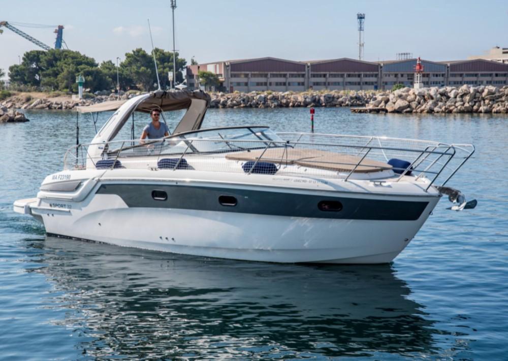 Location bateau Marseille pas cher Bavaria 32 Sport HT