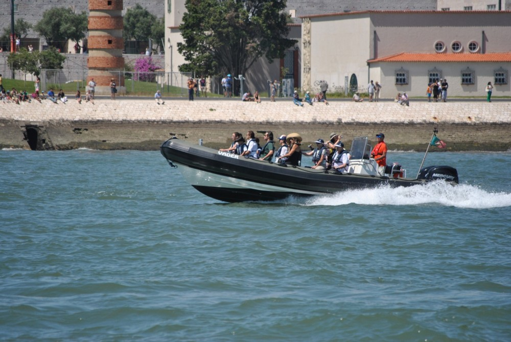 Rental RIB in Lisbon - Valiant PT 850