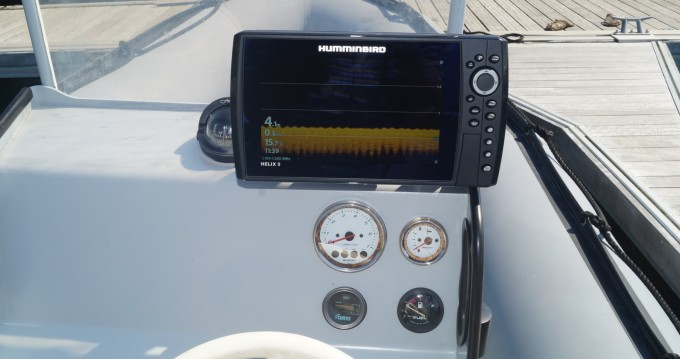 Location yacht à Arradon - Zodiac Zodiac 600 SRMN sur SamBoat