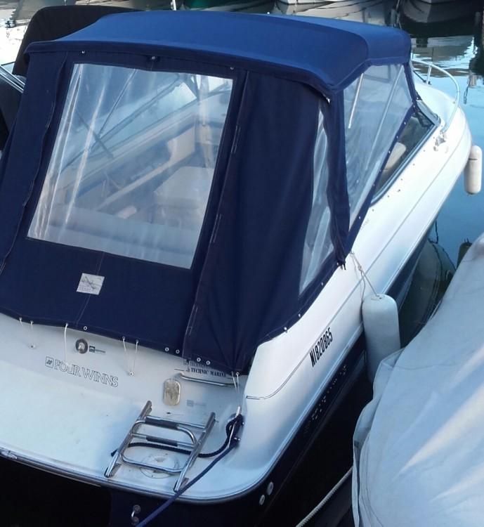 Rental Motor boat in Mandelieu-la-Napoule - Sundowner 220CV Four Winns