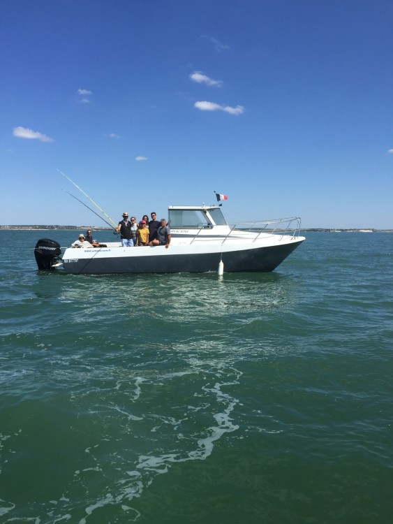 Motor boat for rent Soulac-sur-Mer at the best price
