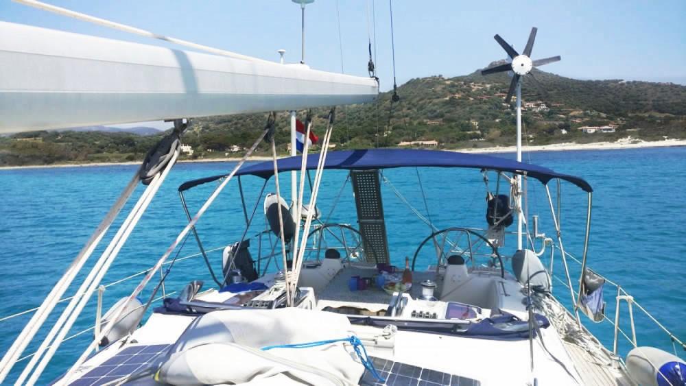 Boat rental Bavaria Bavaria 42 Cruiser in Porto-Vecchio on Samboat