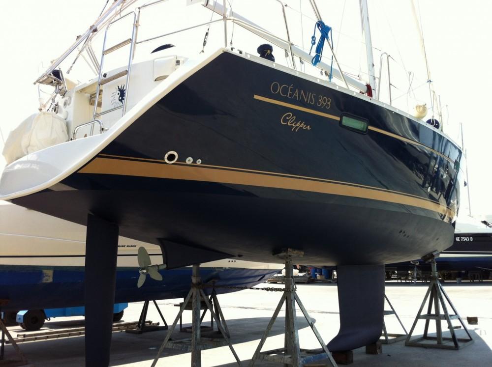 Rental Sailboat in Termini Imerese - Bénéteau Oceanis 393 Clipper