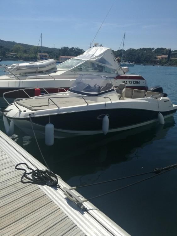 Rental Motor boat in Hyères - Quicksilver Activ 675 Sundeck