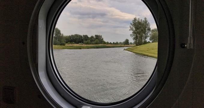 Péniche à louer à Werkendam au meilleur prix