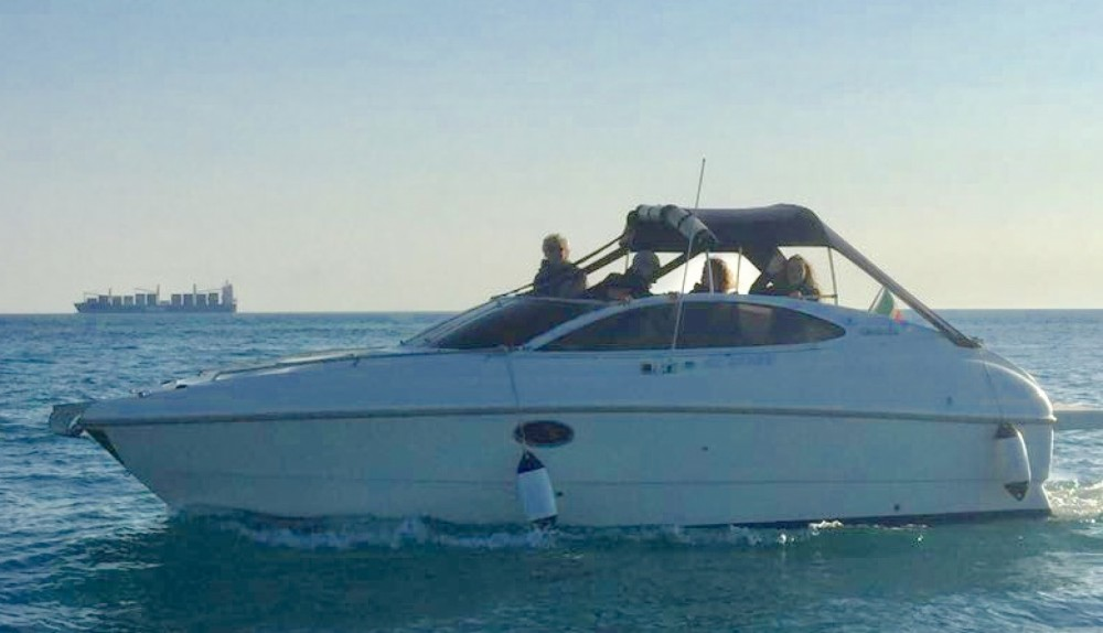 Boat rental Genoa cheap 23 Sport