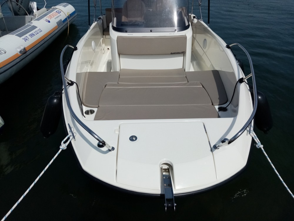 Boat rental Quicksilver Active 605 Open in Pula on Samboat