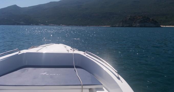 Louer Bateau à moteur avec ou sans skipper Nireus à Setúbal