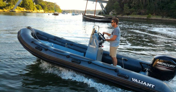 Location bateau Valiant DR 520 Fishing à Bono sur Samboat