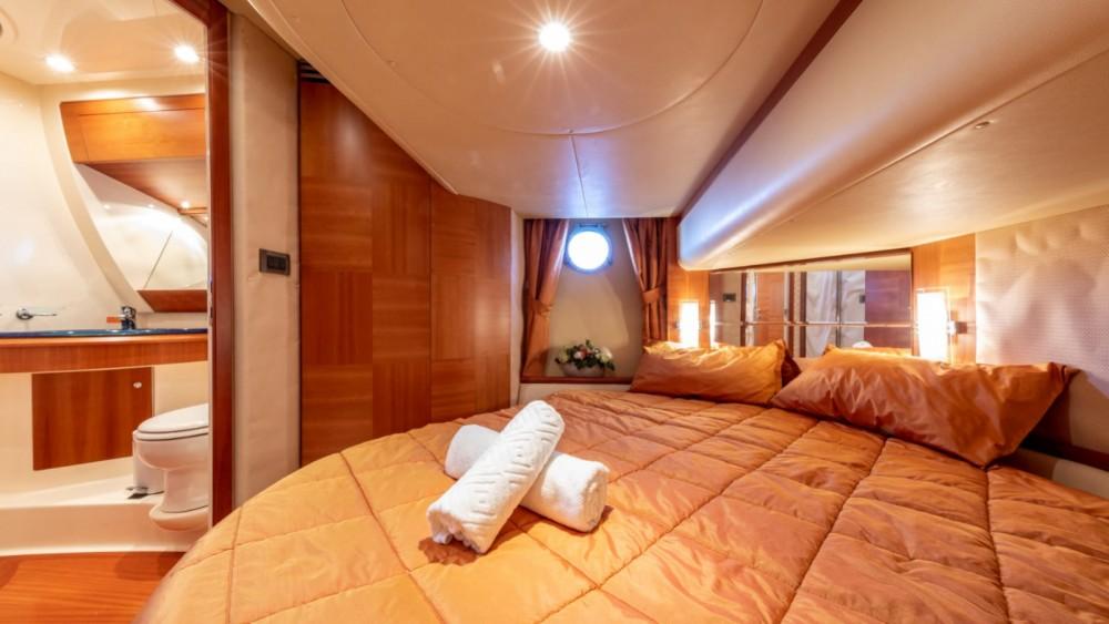 Rental Yacht in Palma - Azimut Azimut 50 Fly