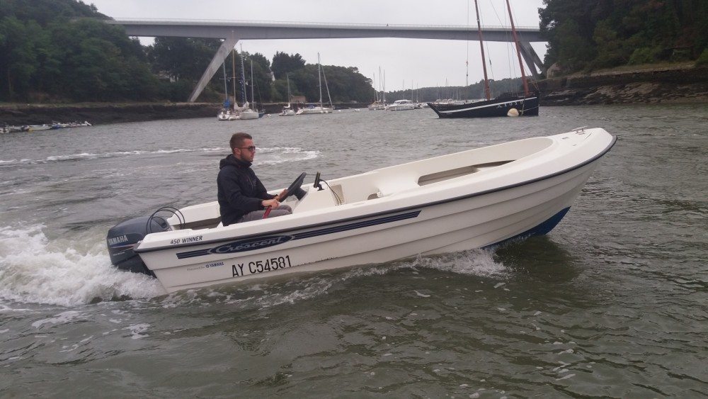 Rental Motor boat in Le Bono - Crescent 450 WINTER