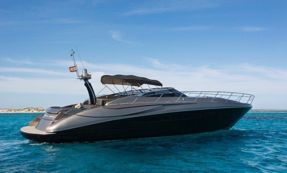 Riva Rivale 52 between personal and professional Cannes