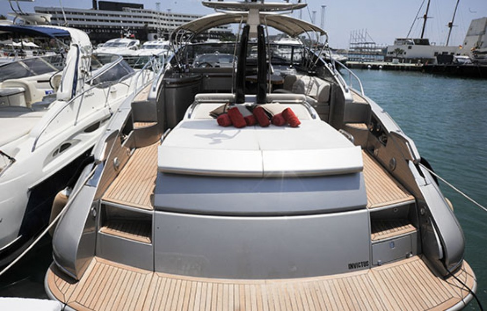 Rent a Riva Rivale 52 Cannes