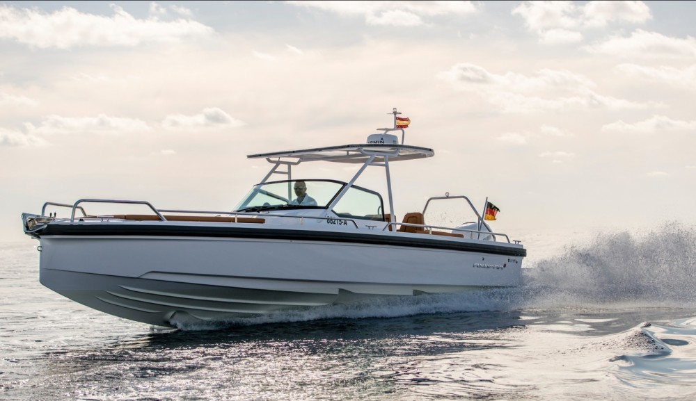 Rental yacht Castelló d'Empúries - Axopar 28 T-Top on SamBoat