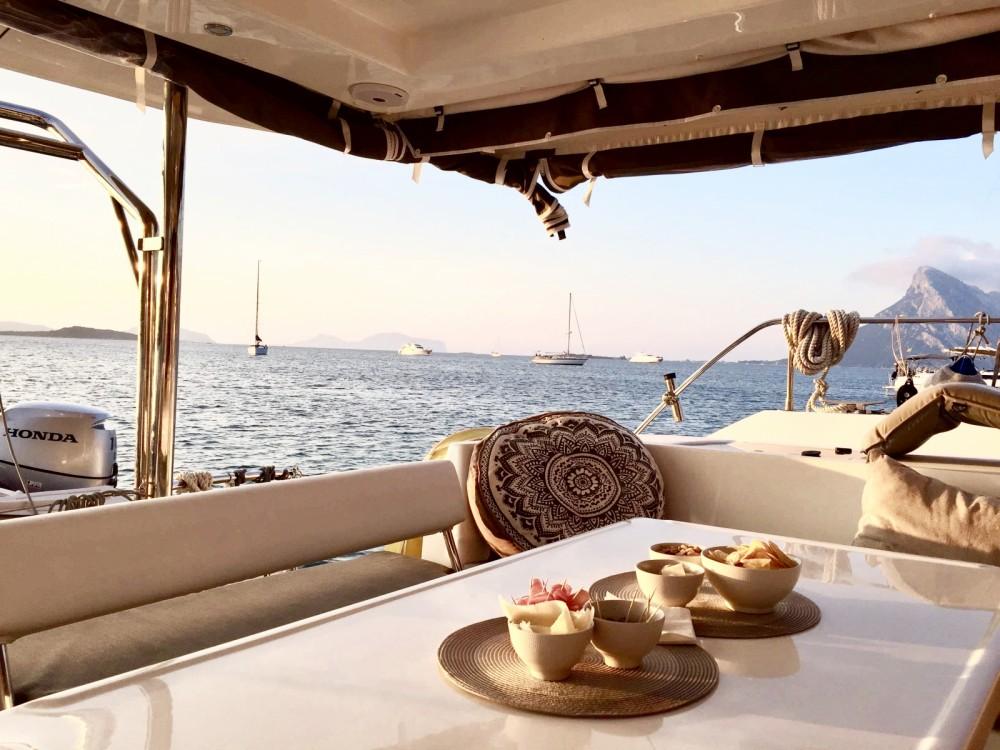 Boat rental Leopard leopard 40 in Olbia on Samboat