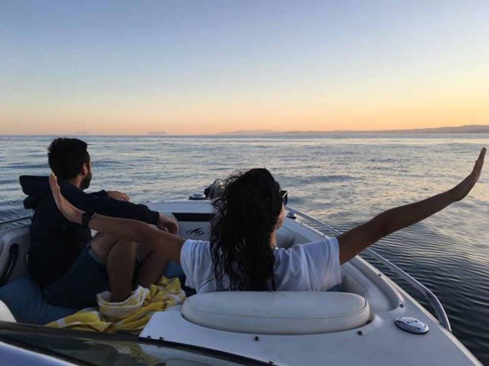 Rental Motor boat in Estepona - Monterey 264fsx