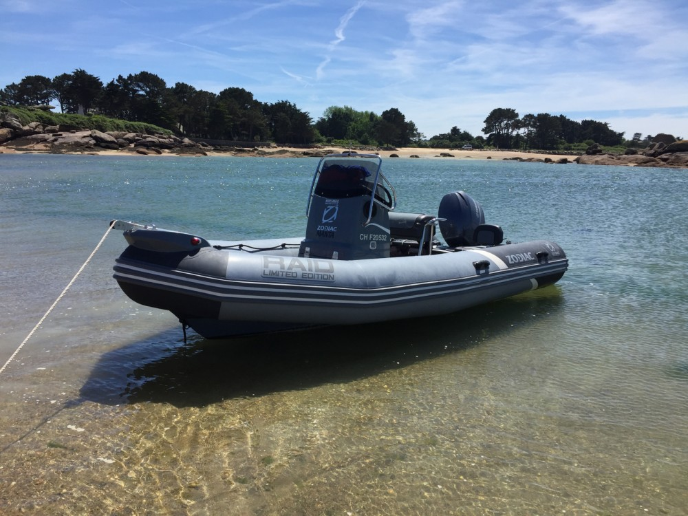 Hire RIB with or without skipper Zodiac Perros-Guirec