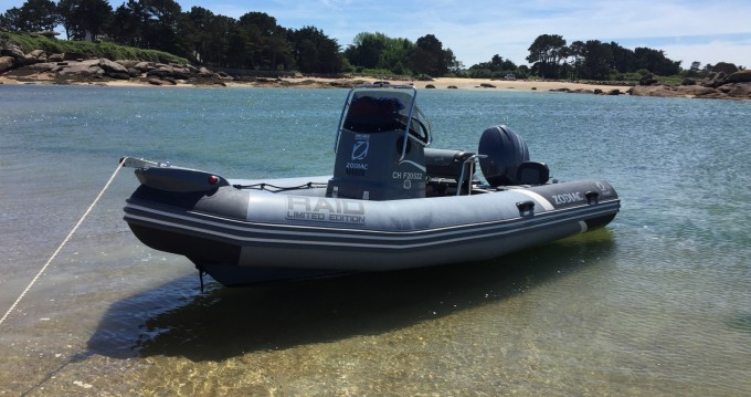 Location yacht à Perros-Guirec - Zodiac Pro Open 550 Raid Edition sur SamBoat