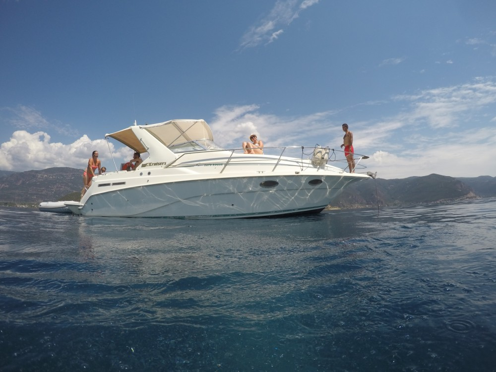 Rental Yacht in Nafpaktos - Cruisers Rogue 2670