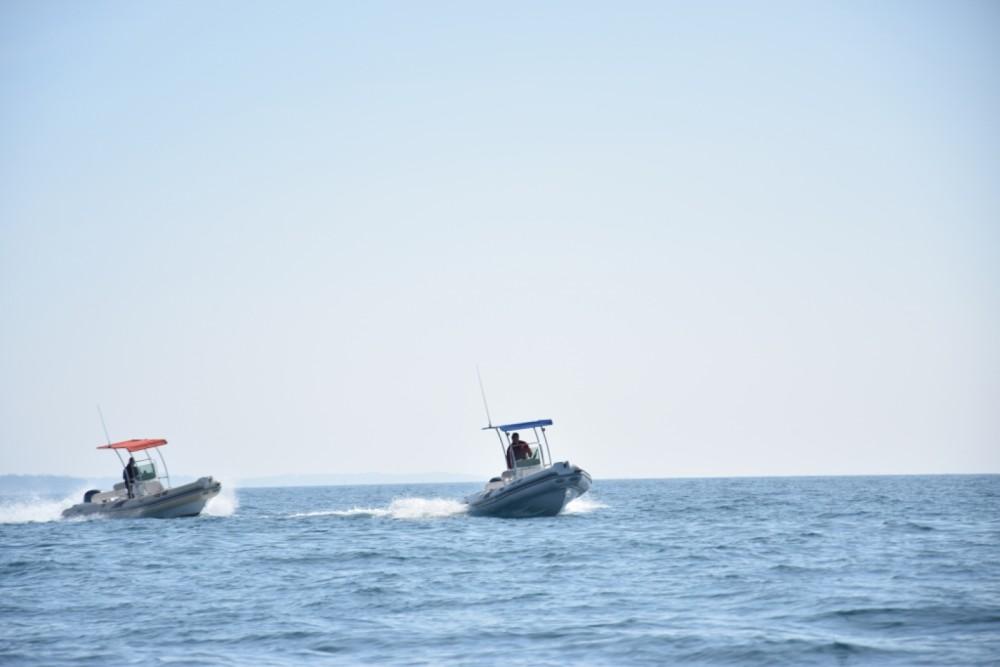 Tiger-Marine Dive Master 600 entre particuliers et professionnel à Novigrad
