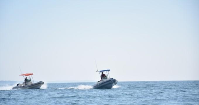 Noleggiare un'Tiger-Marine Dive Master 600 Cittanova